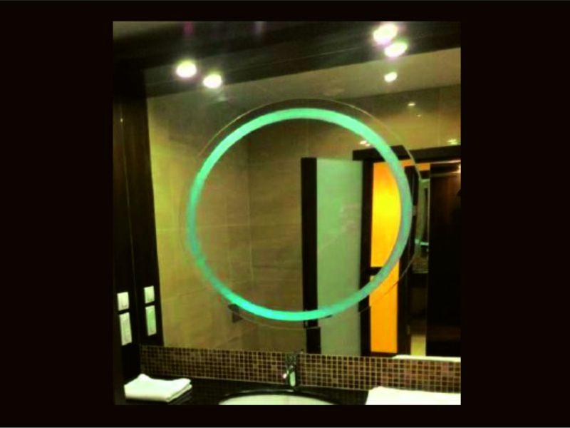 Зеркало с подвсветкой, г. Краснодар гостиница Марриотт